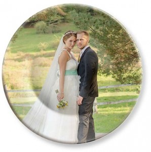 Colorful Picture Plates. Melamine dinner plate with wedding photos