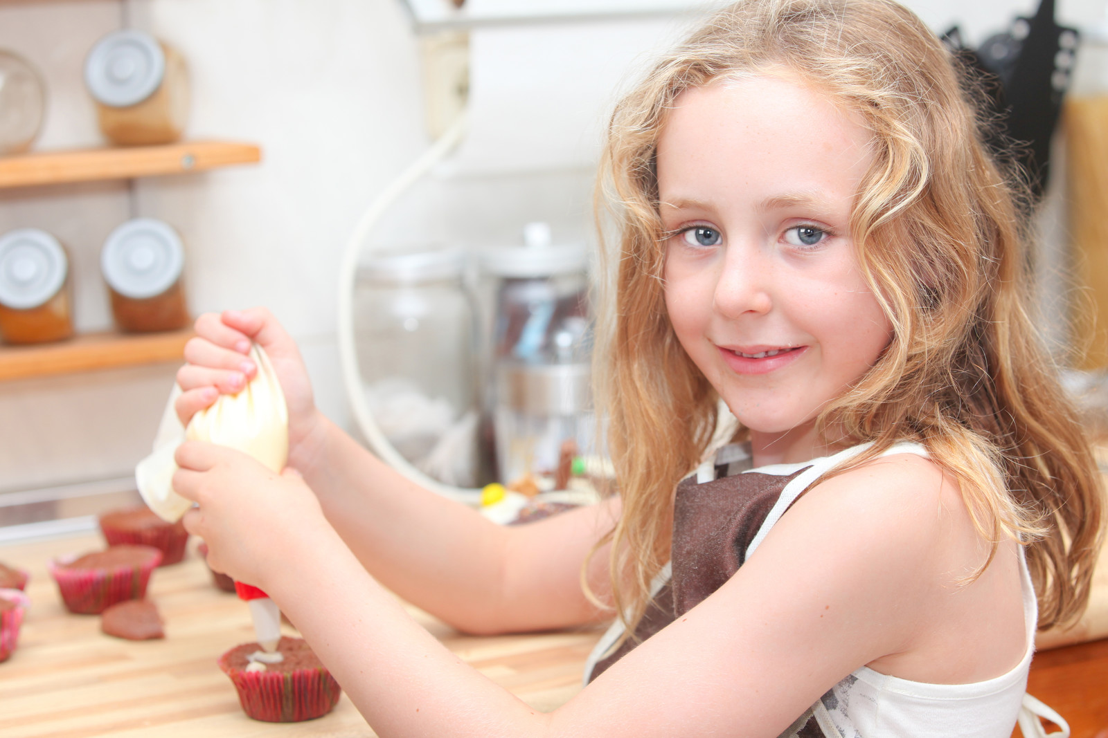 Holiday Sanity Savers: 3 Great Ideas to Implement When Your Kids Are Pulling on your Apron Strings