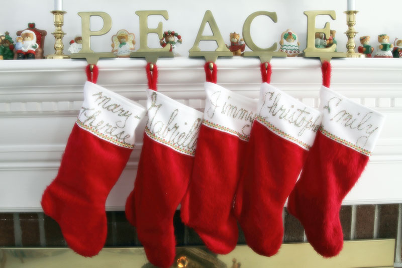 Easy, Inexpensive Gifts: Christmas Stockings for Family and Friends